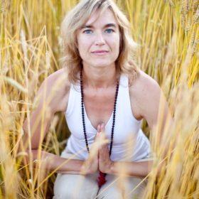 Isabelle Addison - Crop